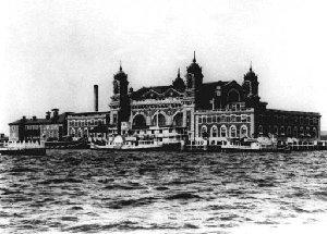 Ellis Island 1905 - AP Image